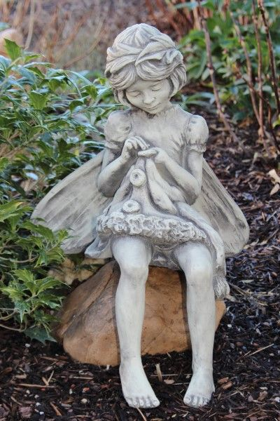 "Gartenfigur FLOWER FAIRY ""Rainfarn"", Steinguss"