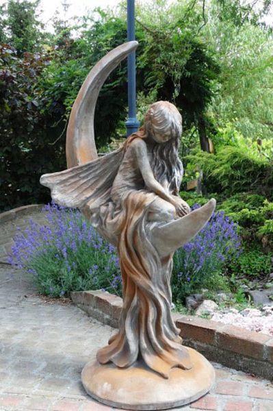 """Gartenfigur Mondfee """"LUNARIA"""", Steinguss, Rosteffekt"""