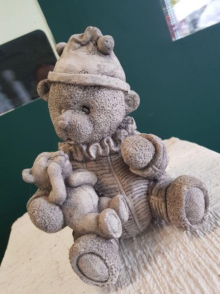 Gartenfigur Teddy mit Babyteddy