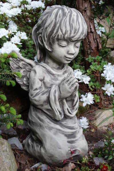 """Gartenfigur Engel """"MITHRA"""", betend, Steinguss"""