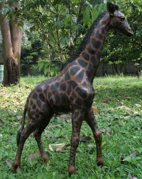 Bronzefigur Giraffe groß
