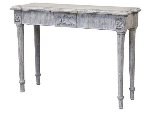 Tisch mit Dekokante von Chic Antique