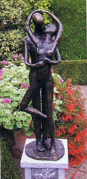 Bronzefigur Liebespaar