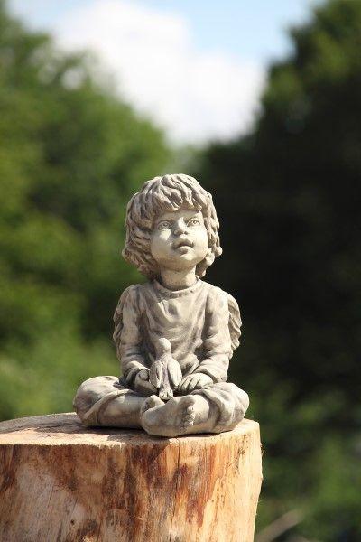 """Gartenfigur Engel """"SURA"""", sitzend, Steinguss"""