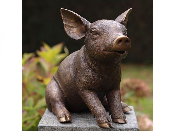 Bronzefigur Sitzendes Ferkelchen