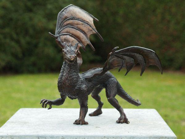 Bronzefigur Drache