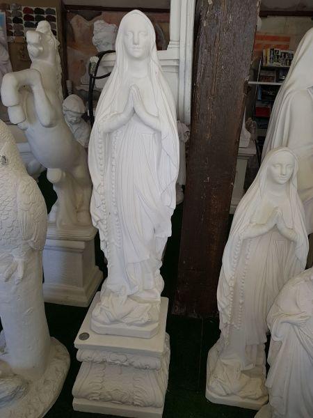 """Gartenfigur """"Madonna"""" Mutter Gottes mit Sockel"""