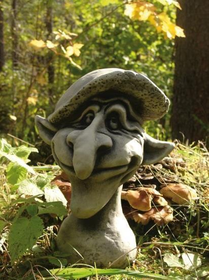 "Gartenfigur Magic Mushrooms, ""LEONARDO"", Steinguss"