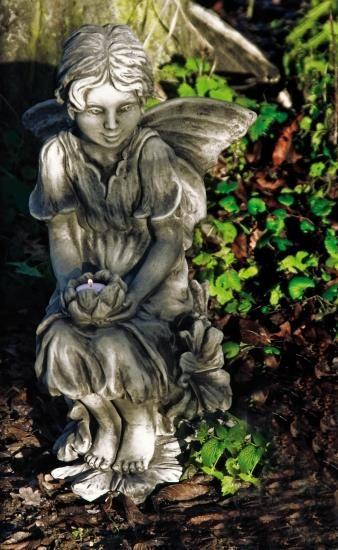 """Gartenfigur FLOWER FAIRY """"Malve"""", Steinguss"""