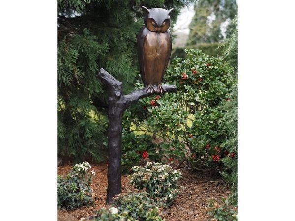 Bronzefigur Eule auf Baum