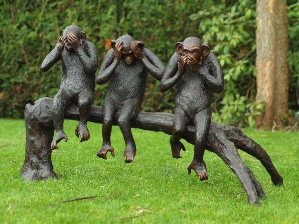 Bronzefigur 3 Affen auf Baumstamm