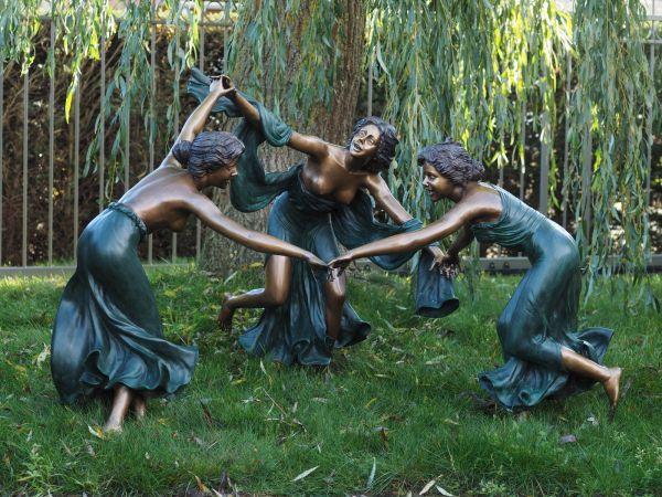 Bronzefigur 3 tanzende Frauen