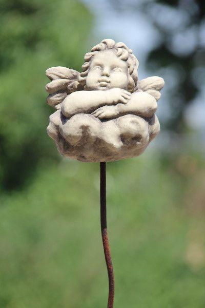 """Gartenfigur """"RAFFAEL-ENGEL"""" auf Wolke mit Stab, Steinguss"""