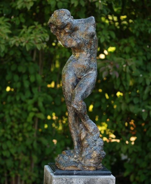 Bronzefigur Nackte Venus