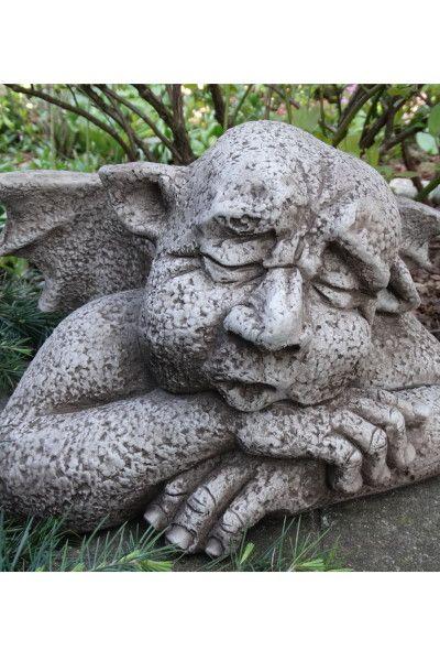 """Gartenfigur Gargoyle """"SLEEPYHEAD"""", Steinguss, © by Fiona Scott"""