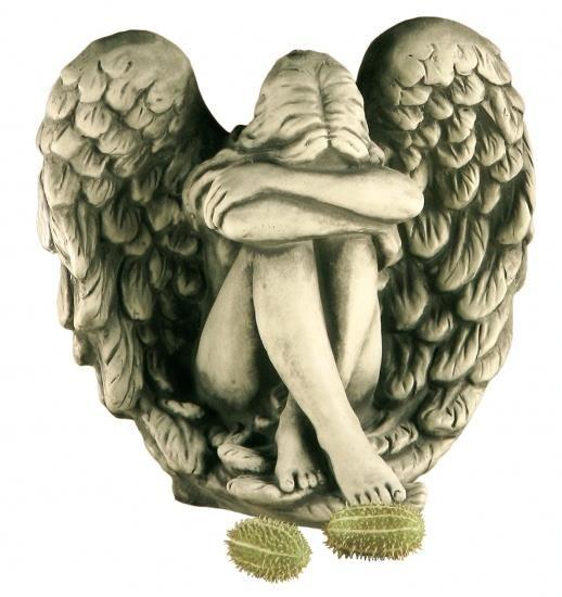 """Gartenfigur Engelfrau in Flügel sitzend """"NERIA"""", Steinguss"""