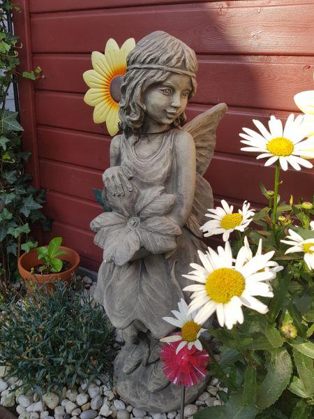 """Gartenfigur FLOWER FAIRY """"Schlüsselblume"""", Steinguss"""