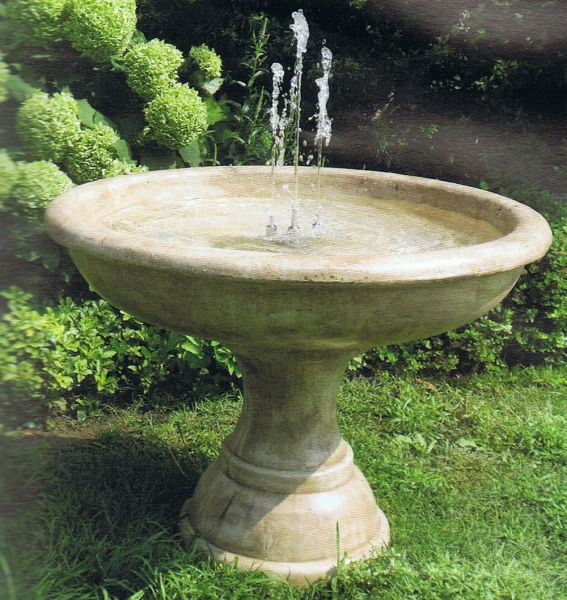 Springbrunnen Tarquinia Made in Italy