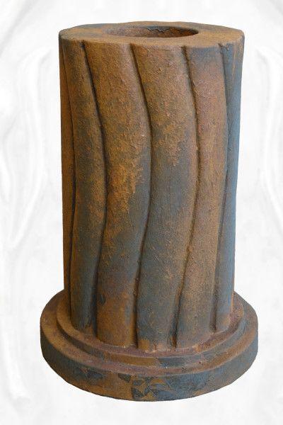 Gartenfigur geschwungene Säule, rund, Edition Oxid für die Baumhüter