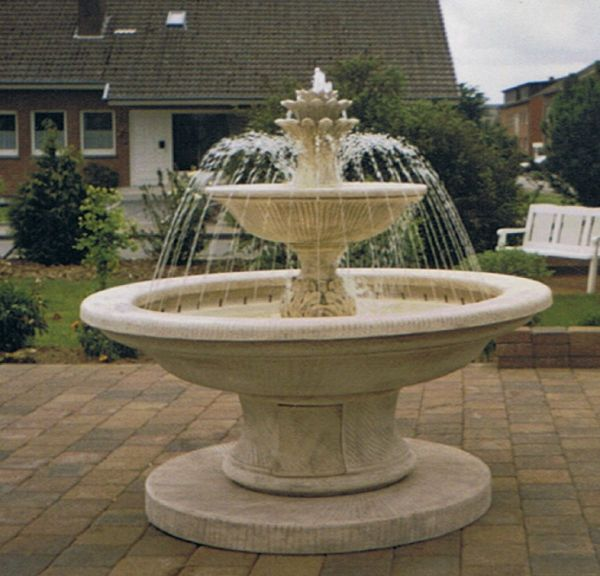 Springbrunnen/Etagenbrunnen Crotone Pinie