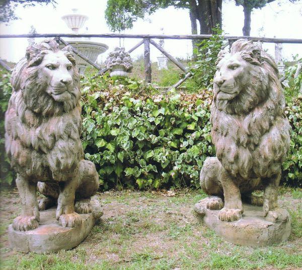 Gartenfigur Zwei Löwen 14 211 sx + 14 210 dx IG