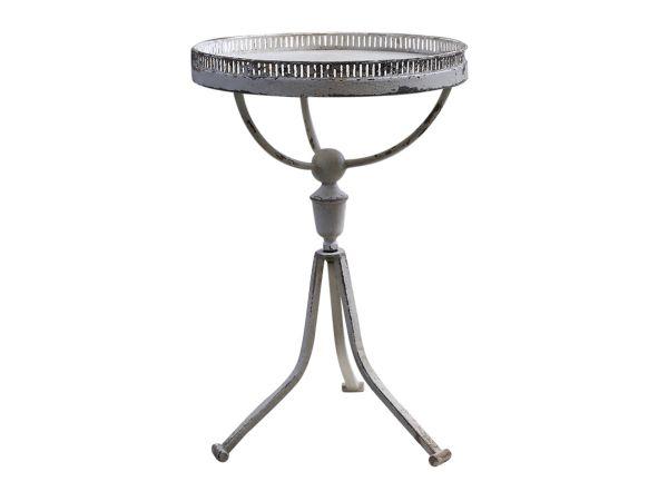 Tisch m. Spitzenkante 1er von Chic Antique