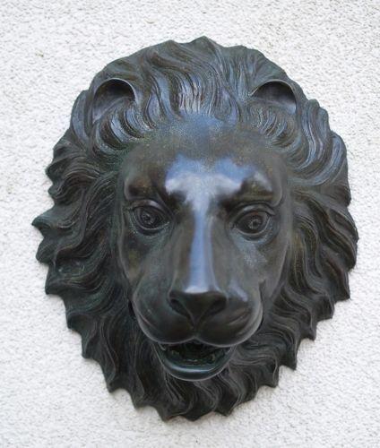 Bronzefigur Löwenkopf fontäne