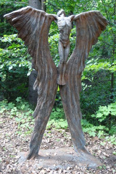 Gartenfigur IKARUS, Steinguss, Rosteffekt