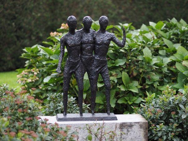 Bronzefigur Modernes Männer Trio