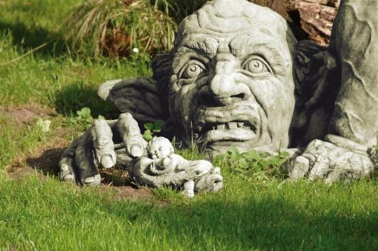 "Gartenfigur Troll ""CARLOS"", Steinguss incl. Hand"