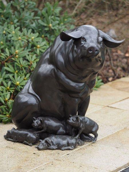 Bronzefigur Schwein mit Ferkelchen